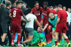 Clamoroso Liverpool, Adrian infortunato da…un tifoso!