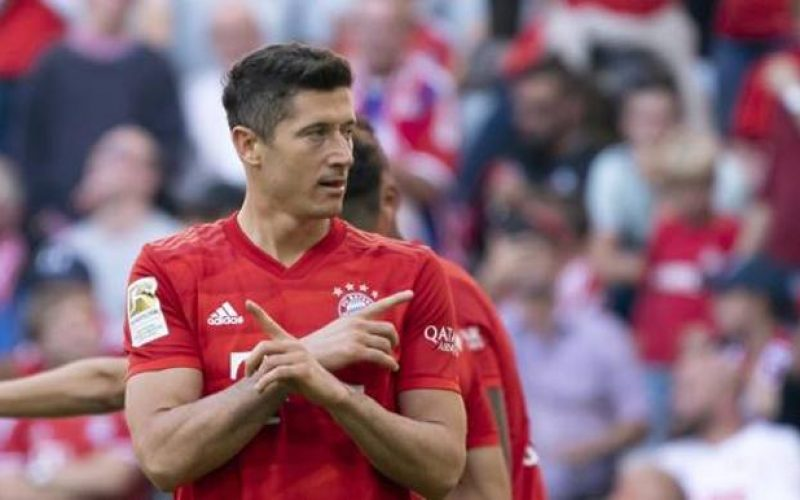Poker del Bayern Monaco al Colonia: Perisic e Coutinho a segno, record di Lewandowski