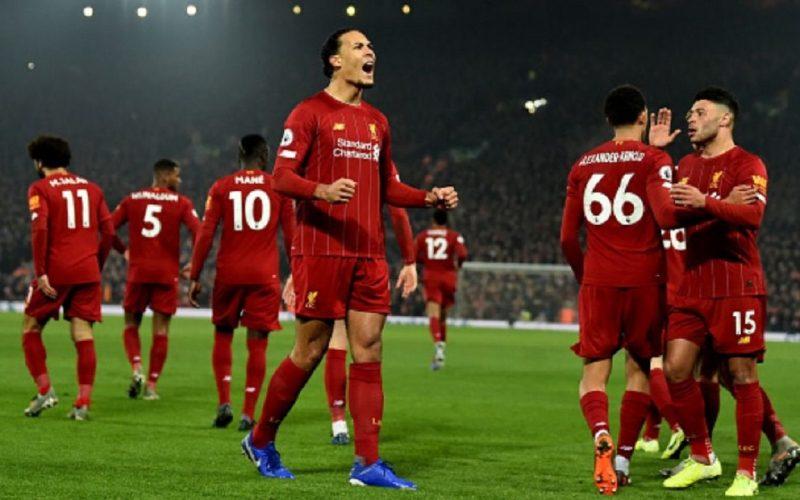 Premier League chiusa, il Liverpool batte anche il Manchester United e vola a +16