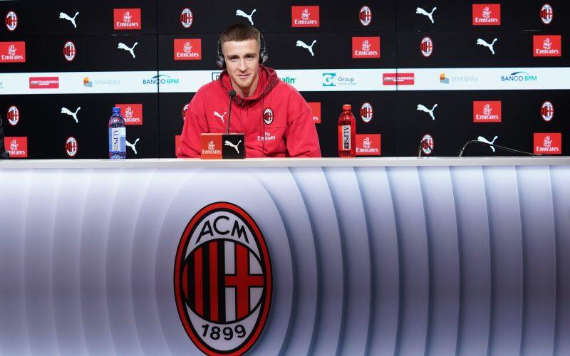 "Milan, presentato Saelemaekers: ""Il mio modello è Ronaldo"""