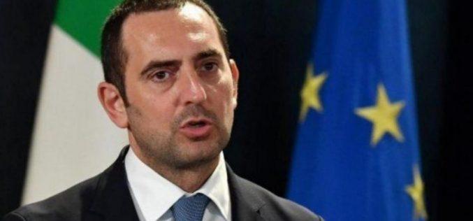 """Il ministro Spadafora gela il calcio: """"Meglio pensare al prossimo campionato"""""""