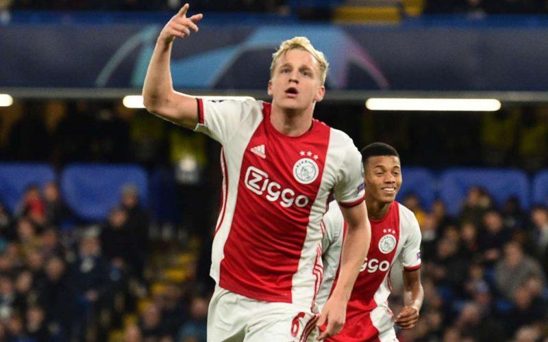 Colpo del Manchester United, preso Van De Beek