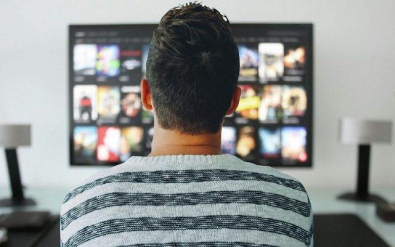 Le più famose serie tv influenzano davvero la società e la nostra vita?