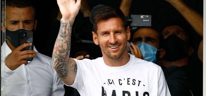 PSG, Messi sostituito e incredulo